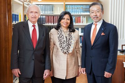 Heritage Day 2014 Award Winners from left: Ronald Breslow, University Professor at Columbia University, was this year's recipient of the American Institute of Chemists (AIC) Gold Medal; Kiran Mazumdar-Shaw, chairman and managing director, Biocon Limited, and this year's Othmer Gold Medalist, and Atsushi Horiba, chairman, president and CEO of Horiba Limited and this year's winner of the Richard J. Bolte, Sr., Award for Supporting Industries. (PRNewsFoto/Chemical Heritage Foundation)