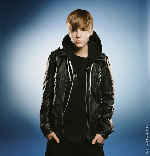 HarperCollins Acquires Justin Bieber's Official Illustrated Memoir