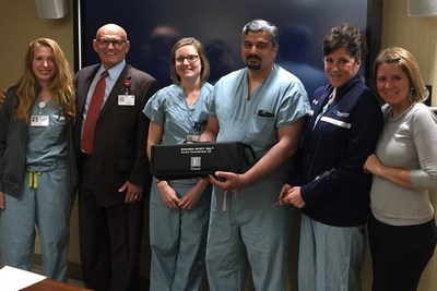 PinnacleHealth Team Pictured with the EDWARDS INTUITY Elite Device Demonstration Kit