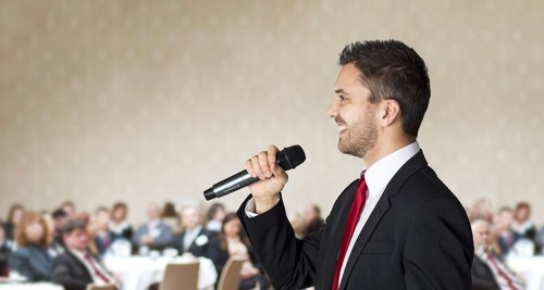 A new survey by Great Speech Writing reveals that wedding speeches are what guests talk about most after a wedding. (PRNewsFoto/Great Speech Writing)