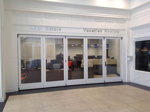 New Office Entrance. (PRNewsFoto/Catalina Island Vacation Rentals) (PRNewsFoto/CATALINA ISLAND VACATION RENTALS)