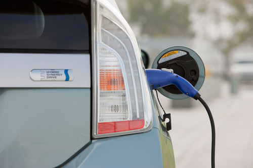 Toyota Confirms Prius Plug-in's Eligibility for an Additional State of California Consumer