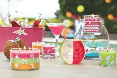 Enjoy the most beautiful time of the year with PartyLite. (PRNewsFoto/PartyLite)