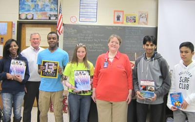 Lloyd C. Bird High School teacher Amanda Simon and her ninth-grade students receive their CITGO Fueling Education prize from CITGO Region Manager Arnold Walton in Chesterfield County, Va.  (PRNewsFoto/CITGO Petroleum Corporation)