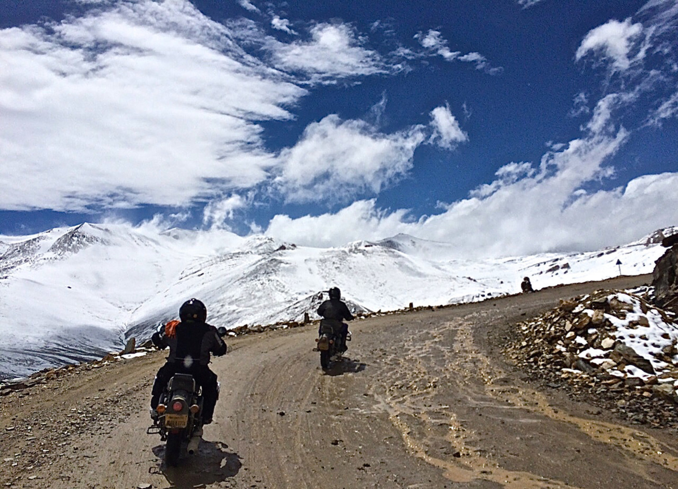 On the road with Extreme Bike Tours - Mighty Himalayan tour - over Tanglang La - one of world's highest ...