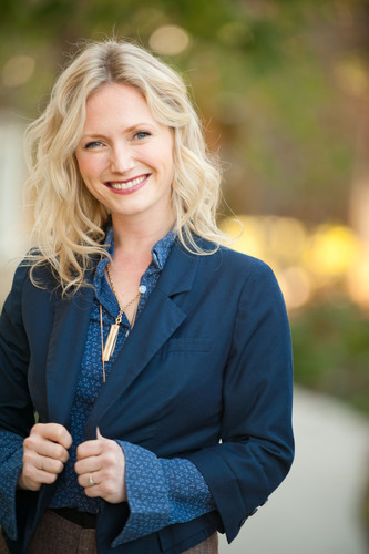 Emily Henderson, home style expert and HGTV Design Star, has teamed with Decorview, the online authority for ...