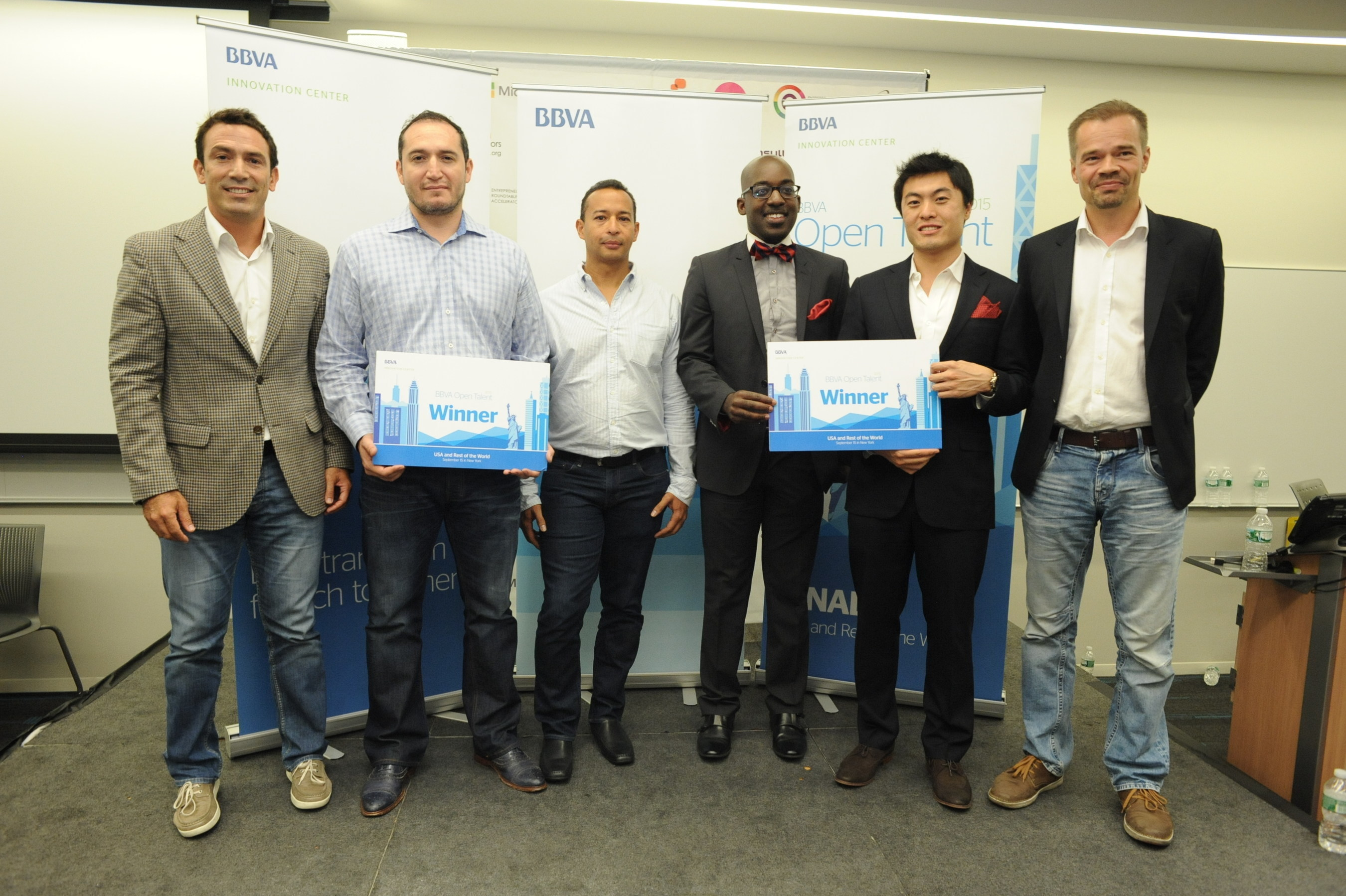 (l-r) Director of Innovation Centers and Open Innovation at BBVA Gustavo Vinacua, LendingFront CEO and co-founder Jorge Sun, LendingFront CTO and co-founder Dario Vergara, ModernLend co-founder Kobina Ansah, ModernLend co-founder Shuo Zhang, BBVA Chief Development Officer and General Manager of New Digital Businesses Teppo Paavola