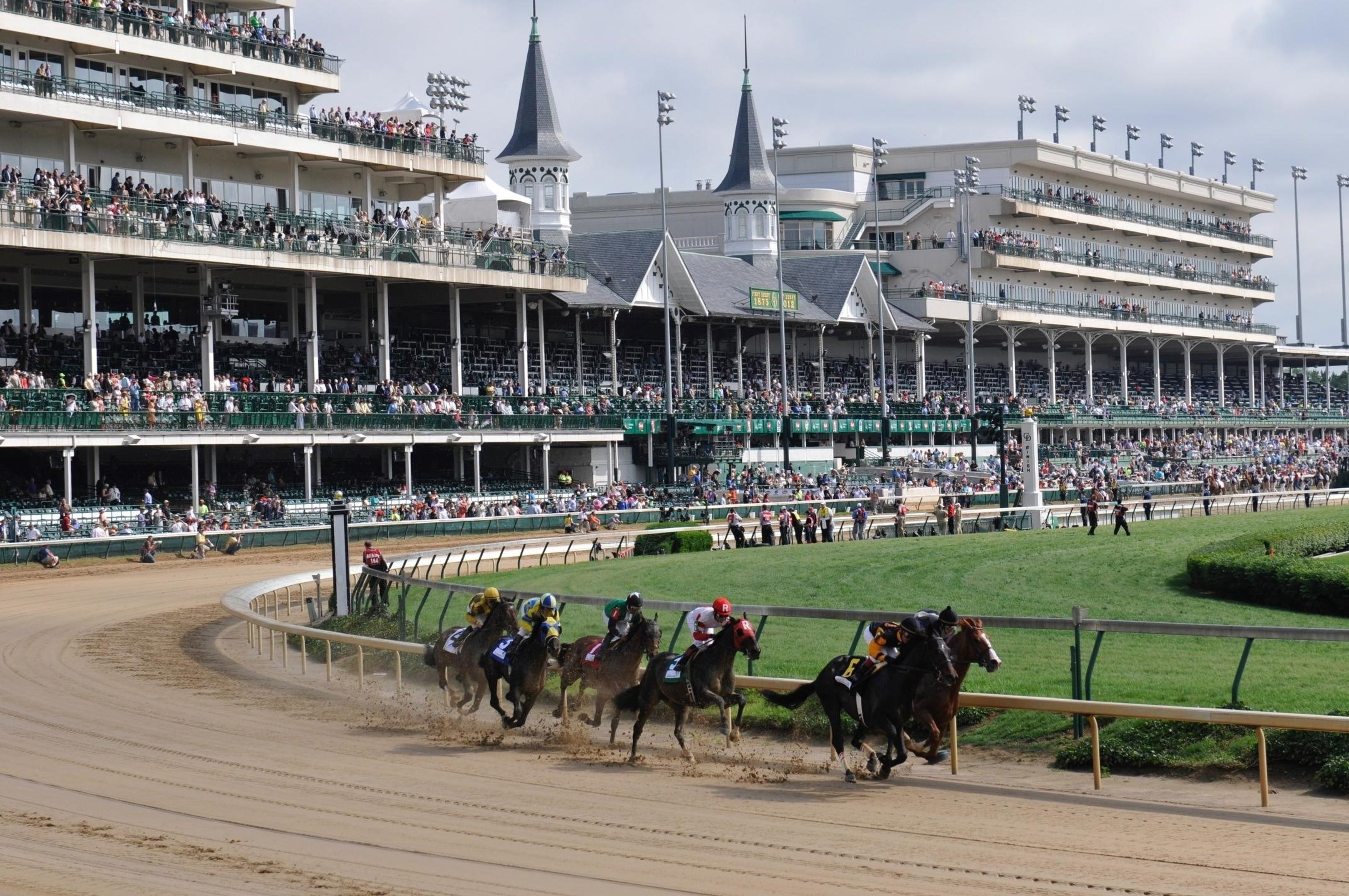 NBC Sports Group and NextVR to Present 2016 Kentucky Derby Live in Virtual Reality for First Time