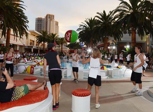 To celebrate POM Wonderful's launch of three new 100% Juice Blends, 125 people set the Guinness World ...
