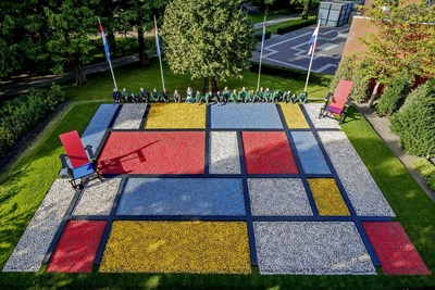 The gardeners of Keukenhof have planted the first bulbs for a spectacular flower mosaic of Dutch Design (PRNewsFoto/Keukenhof)