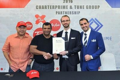 (L-R) Tune Group Founders Datuk Kamarudin Meranun, Tan Sri Tony Fernandes CBE, Charterprime Managing Partners Mathew Tate and Simon Stephen.
