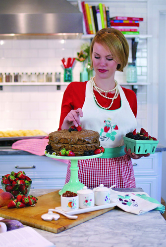 Music City's celebrated Loveless Cafe releases its first kitchen collection nationally, bringing its down-home charm and retro design -- a nod to 1951 when the Cafe first opened in Nashville -- to essential kitchen items and everyday tabletop decor. (PRNewsFoto/Loveless Cafe ) (PRNewsFoto/Loveless Cafe)