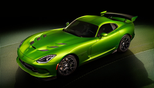 Stryker Green Debuts on '14 SRT Viper at North American International Auto Show. (PRNewsFoto/Chrysler Group LLC) (PRNewsFoto/CHRYSLER GROUP LLC)