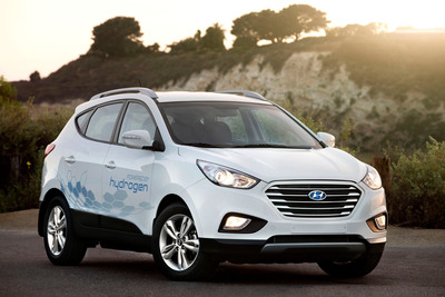 HYUNDAI PREPS HYDROGEN ENERGY GENERATION AND FUELING STATION IN CHINO, CALIF. FOR FIRST-EVER PUBLIC OPENING.  (PRNewsFoto/Hyundai Motor America)