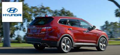 The 2014 Hyundai Santa Fe keeps Madison, Wis. drivers active.  (PRNewsFoto/Hesser Hyundai)