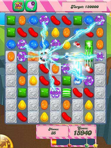 Candy Crush Saga Celebrates One Year Anniversary and Half a Billion Downloads.  (PRNewsFoto/King)