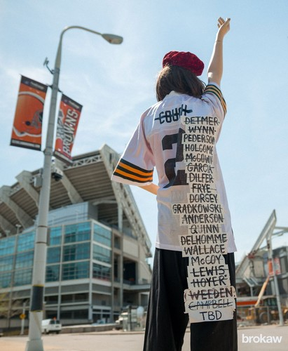 Wholesale Draft Day Has Fans Guessing and Hoping