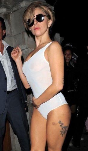 Lady Gaga arriving at exclusive London nightclub, Boujis