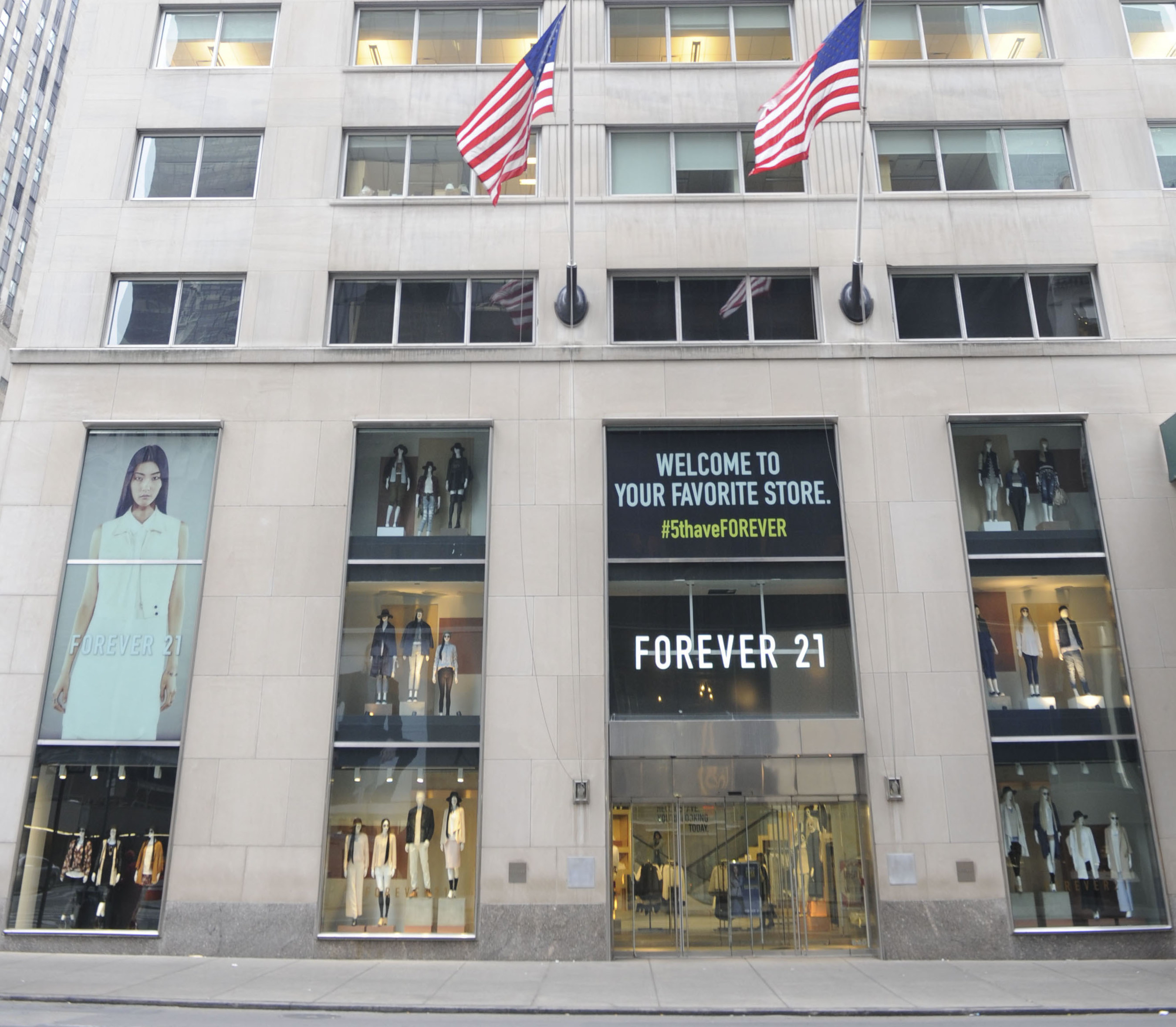 Forever 21 Fifth Avenue Exterior Shot in New York City, New York. Photo Credit: Craig Barritt
