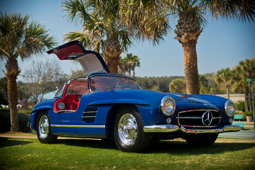 LATEST HAGERTY PRICE GUIDE CONFIRMS STRENGTH IN COLLECTOR CAR MARKET.  Pictured: Mercedes-Benz 300SL Gullwing. ...