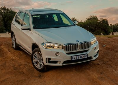 "The BMW X5: Sales up 40.9% in January 2015. Editorial use of this picture is free of charge. Please quote the source: ""obs/BMW Group"" (PRNewsFoto/BMW Group)"