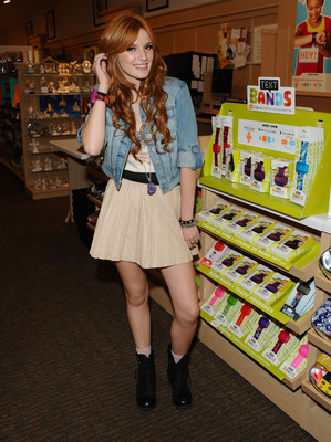 """""""Shake It Up!"""" star Bella Thorne shows off the newly licensed """"Shake It Up!"""" Hallmark Text Band at a Hallmark store in Culver City."""