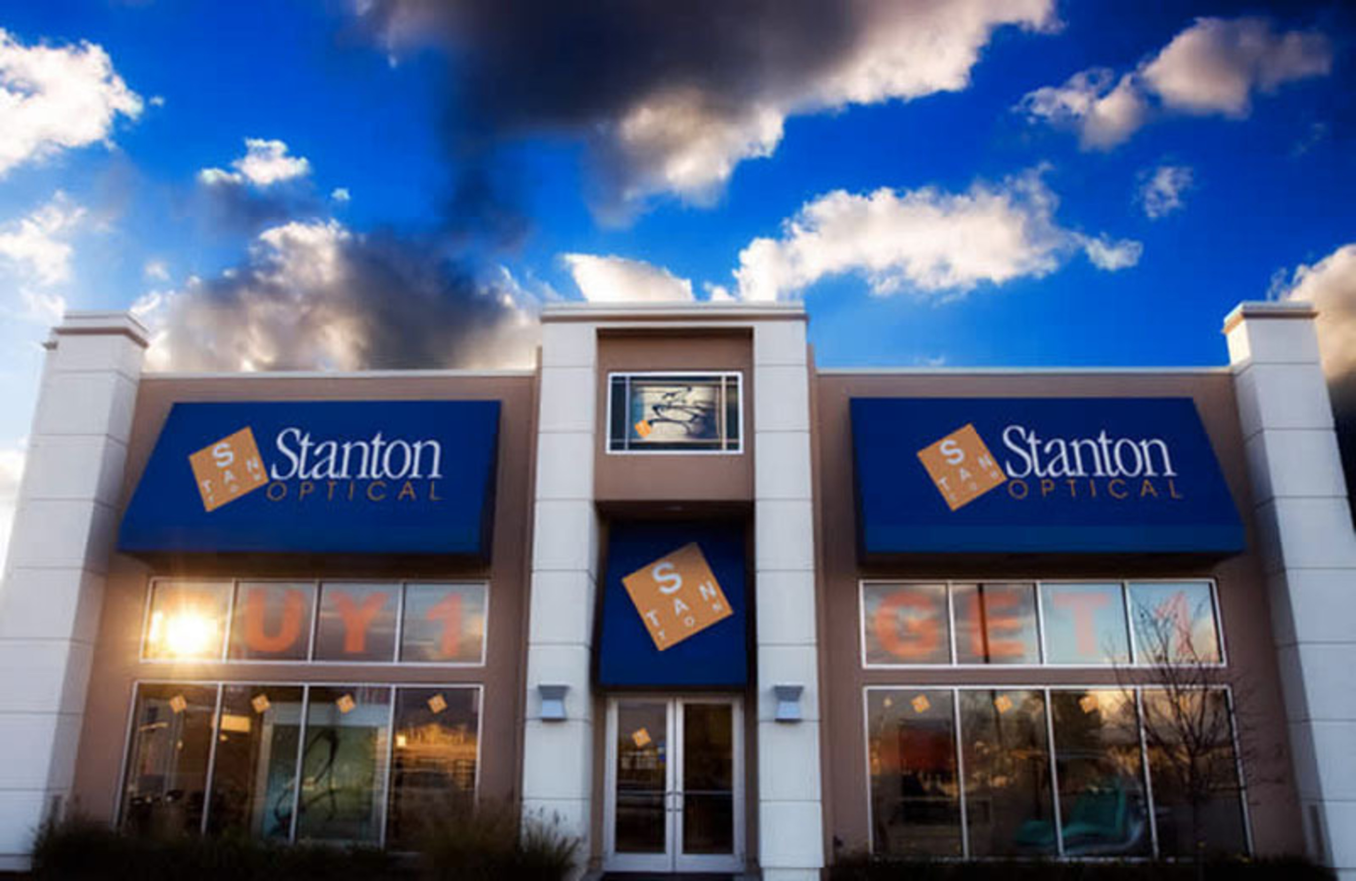 Stanton Optical Eyeglass Store Opening In The New Market Of El Paso Texas