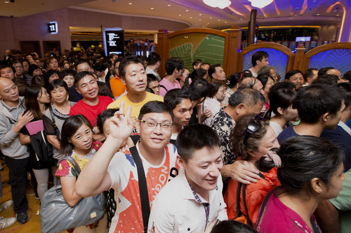 Eager crowds rush to be among the first to experience the latest facilities at Sands Cotai Central on Thursday,  ...