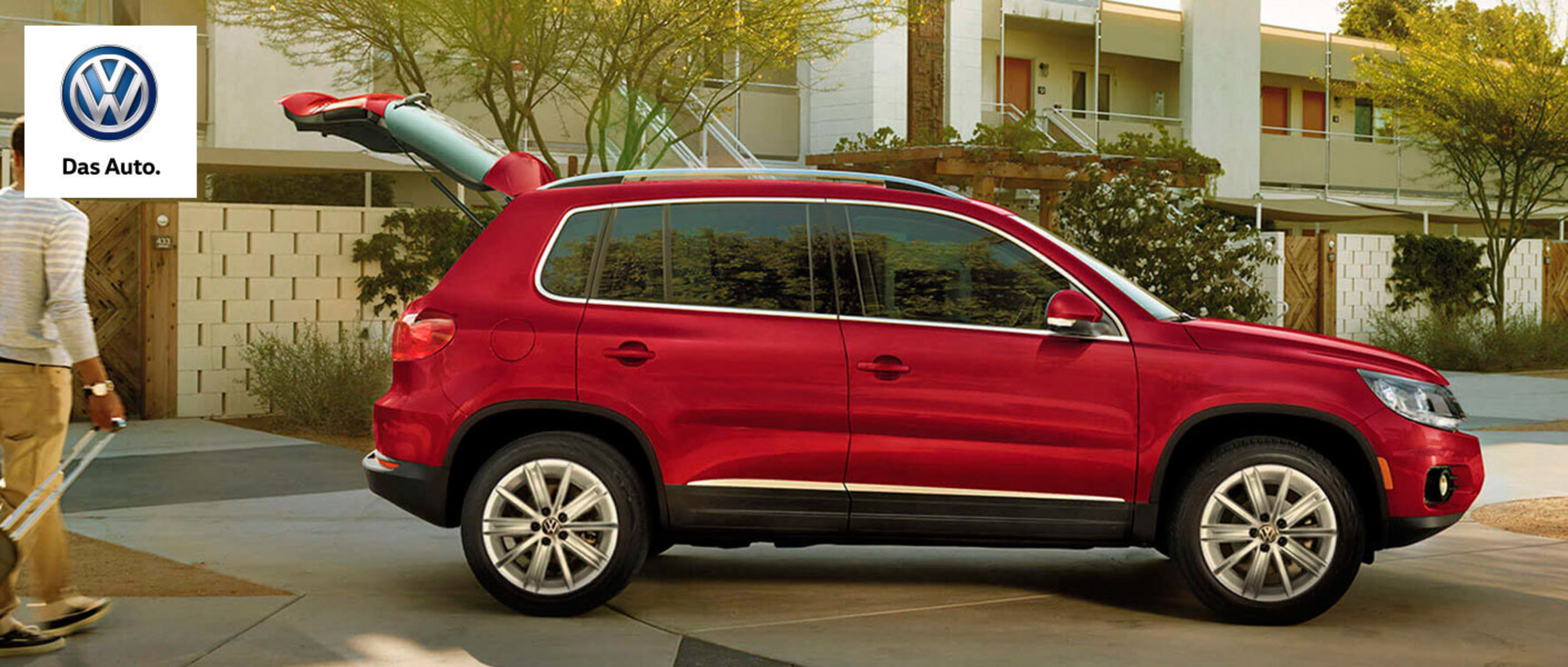 Local dealership offers comprehensive research on 2015 Volkswagen Tiguan and Touareg