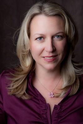 Author Cheryl Strayed (PRNewsFoto/VCFA)