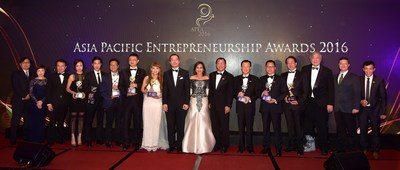 Recipients of the Asia Pacific Entrepreneurship Awards 2016 posing with their trophies. Also with them were Dr Fong Chan Onn, Chairman of Enterprise Asia, Gwendolyn Garcia, advisor to Enterprise Asia and Deputy Speaker of the Philippines, Mr. Wong Poh Weng, Managing Partner of RSM Nelson Wheeler and Mr. William Ng, President of Enterprise Asia.