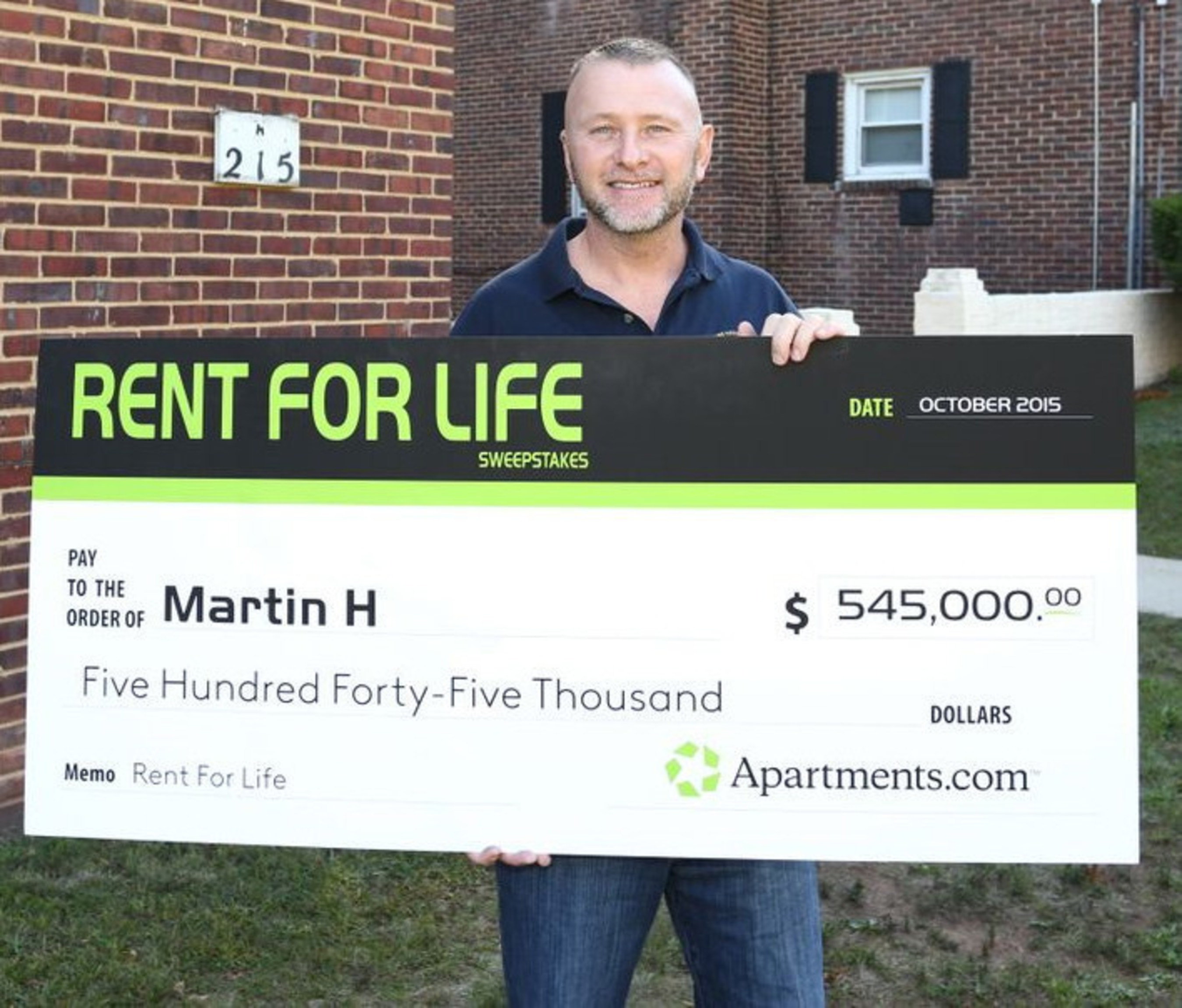 "Apartments.com named Martin Hudak of Woodbridge, N.J., the winner of its ""Rent for Life"" sweepstakes today, presenting the lucky renter with a check for $545,000 in recognition of his helpful apartment review. A utility contractor, engineer and New Jersey native, Hudak was randomly chosen from a group of more than 155,000 entrants - each of whom submitted a review of his or her apartment or community during the 12-week sweepstakes period."