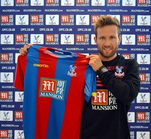 Crystal Palace FC unveil Mansion Group as Premier League shirt sponsor (PRNewsFoto/Mansion Group) (PRNewsFoto/Mansion Group)