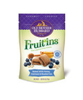 Old Mother Hubbard Gourmet Goodies Fruit'ins come in two delicious cookie and fruit layer flavors: are available in Honey, Oatmeal & Blueberries and Honey, Apple & Bacon. (PRNewsFoto/Old Mother Hubbard) (PRNewsFoto/OLD MOTHER HUBBARD)