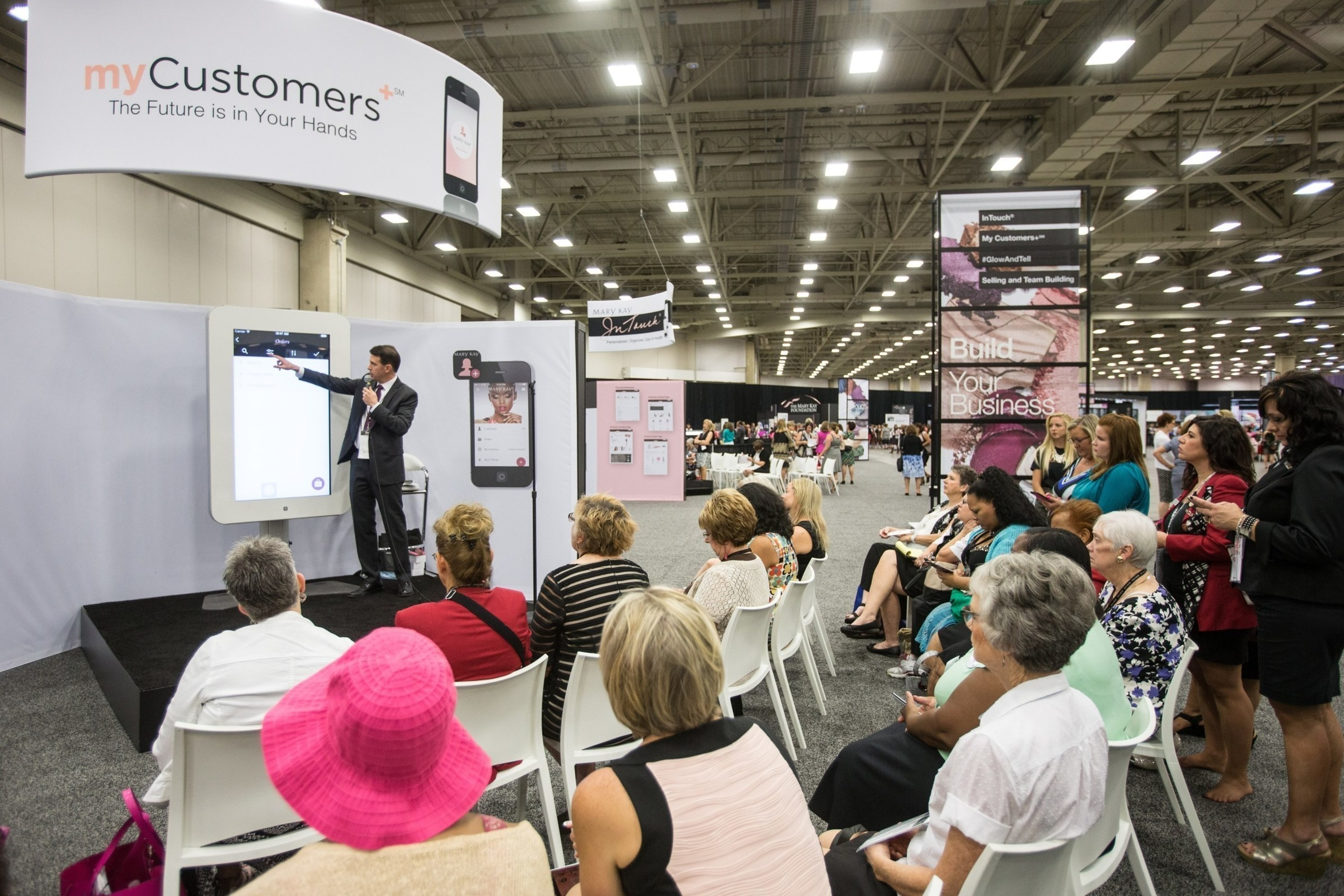 From personalized in-home customer service to instant access online, Mary Kay is making it easier than ever for Mary Kay Independent Beauty Consultants to operate a Mary Kay business. The global beauty company's digital platform includes a wide variety of tools and technology including the newly launched myCustomers+ app which turns an Independent Beauty Consultant's smart device into a fully functional mobile office.