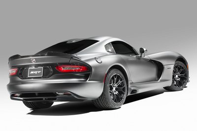 Chrysler Group's SRT (Street and Racing Technology) Brand Debuts New Time Attack Group on Anodized Carbon Special Edition Viper (PRNewsFoto/Chrysler Group LLC)