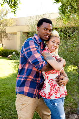 "(From L-R) Daniel Gibson and Keyshia Cole star in BET's new eight-part docu-series ""Keyshia & Daniel: Family First"" premiering Tuesday, October 9th at 10 PM ET/PT.   (PRNewsFoto/BET Networks, Getty Images Courtesy of BET Networks)"