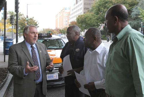 Teamsters General President James P. Hoffa speaks with Washington, D.C. taxicab drivers. More than a thousand ...