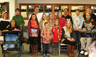 CITGO Marketer Santarelli & Sons, Bess the Book Bus and Miss Pennsylvania 2013 Donate Books to Children at St. Joseph's Center. (PRNewsFoto/CITGO) (PRNewsFoto/CITGO)