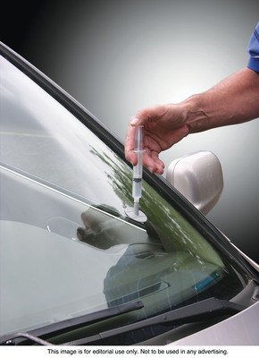 Fixing a chipped windshield is now an inexpensive do it yourself repair solutioingenieria Choice Image