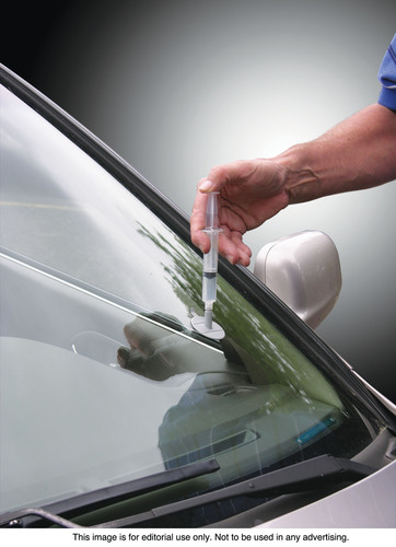 Fixing a chipped windshield is now an inexpensive do it yourself repair solutioingenieria Image collections