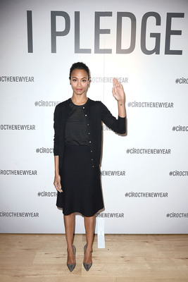 Zoe Saldana makes her pledge to help CIROC Vodka  and Uber unlock $1 Million in safe rides at an event in Los Angeles.  (PRNewsFoto/CIROC Ultra Premium Vodka)