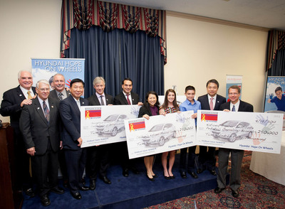 Congressional Leaders join Hyundai Hope On Wheels on Capitol Hill in honor of National Childhood Cancer Awareness Month.  Left to right, Rep. Mike Kelly (R-PA); Rep. Don Manzullo (R-IN); Gary Micallef, Chairman, Hope On Wheels Board of Directors; B.H. Lee, Chief Executive Coordinator, Hyundai Motor America; John Krafcik, President & CEO, Hyundai  Motor America; Dr. Kenneth Tercyak, Georgetown University Hospital; Dr. AeRang Kim of Children's National Medical Center; Brianna Commerford, former Hope On Wheels National Youth Ambassador; C.J. George, Hope On Wheels National Youth Ambassador; J.H. Chung, President, Hyundai Motor Company; Dr. Rimas Orentas, National Cancer Institute Pediatric Oncology Branch.  (PRNewsFoto/Hyundai Motor America)