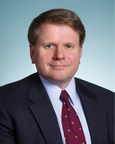 Leading financial services lawyer Andrew Smith joins Covington & Burling's financial institutions group.