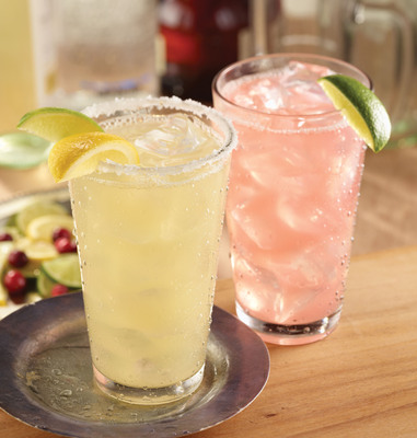 For a limited time, Fox and Hound and Bailey's will offer five new low-calorie options featuring Skinnygirl(TM) Bare Naked Vodka and Skinnygirl(TM) Moscato, all with less than 130 calories. Pictured are the Moscatorita (left) and the Bethenny Breeze (right).  (PRNewsFoto/Fox & Hound Restaurant Group)