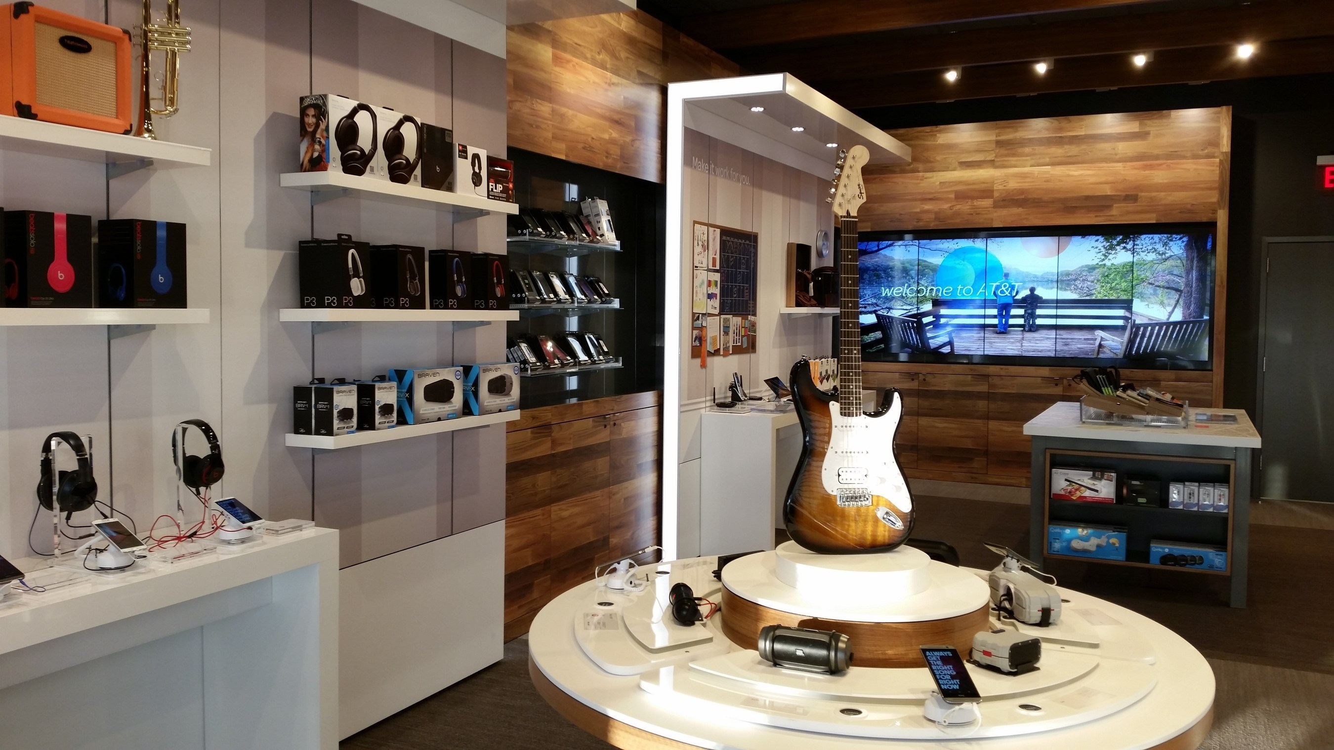 AT&T's new store concept in Spokane - the first of its kind in Washington State - was the result of more ...
