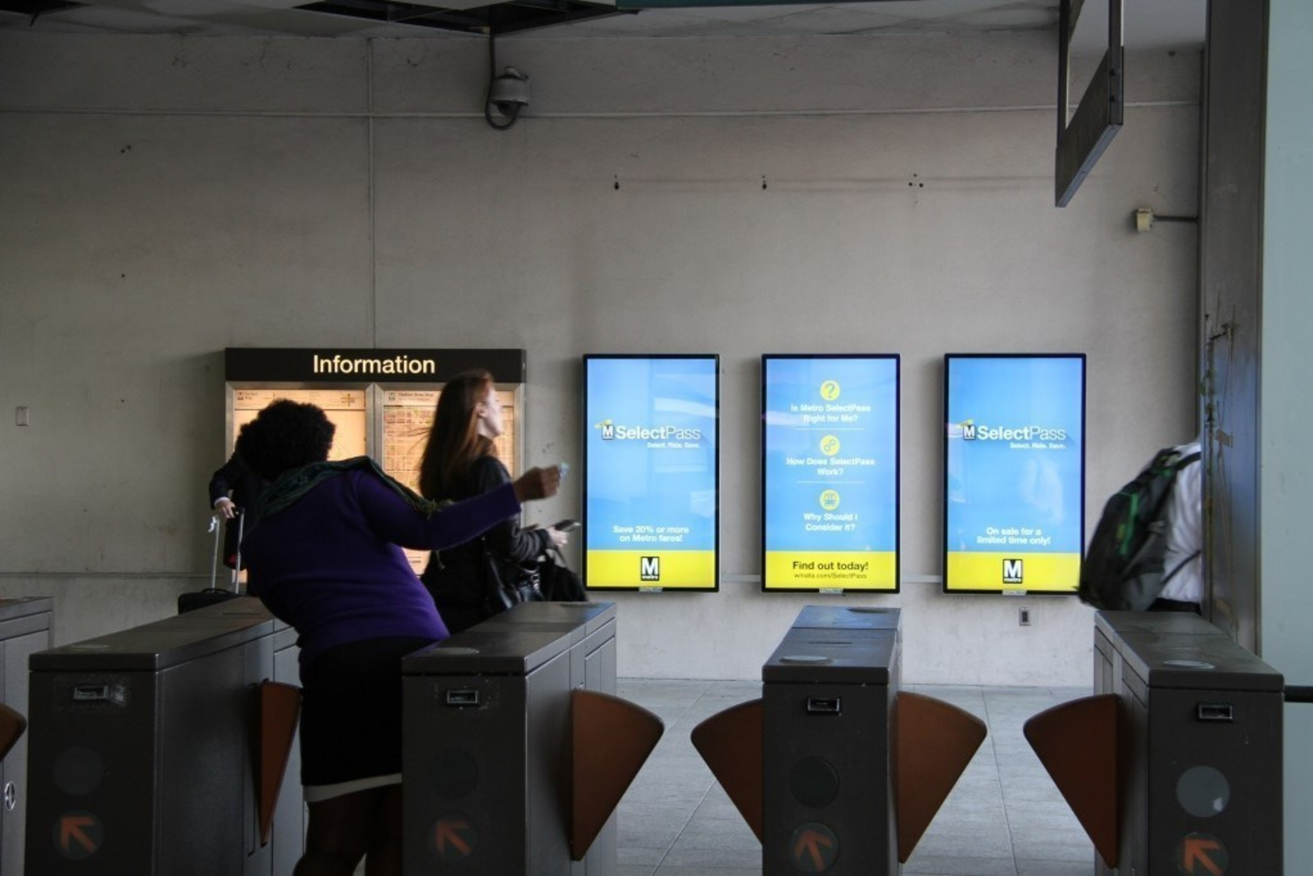 OUTFRONT Media Builds On Washington Metropolitan Area Transit Authority Digital Advertising Partnership With New Navy Yard Installation