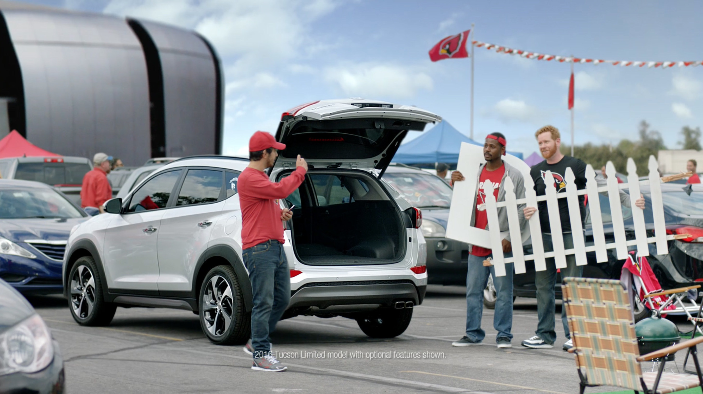"""Hyundai Opens Its First NFL Drive With The """"2015 NFL Kickoff"""