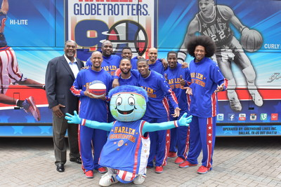 The world famous Harlem Globetrotters officially opened the doors to their new corporate offices in Atlanta today, with star players on hand for the christening.