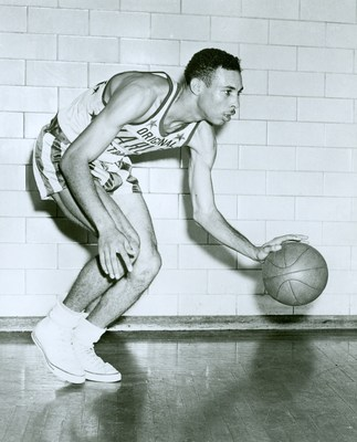 Tex Harrison spent six decades with the Harlem Globetrotters as a player and coach.